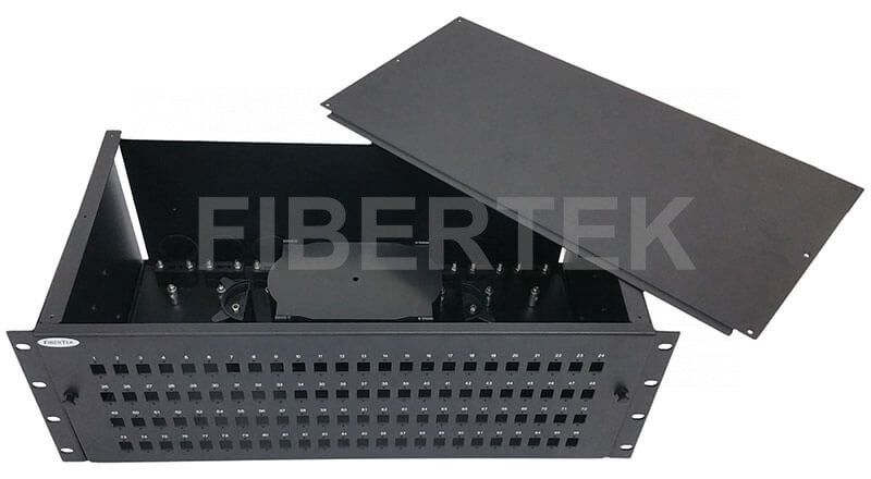 FPP496 series rack mount fiber patch panel with top cover removed